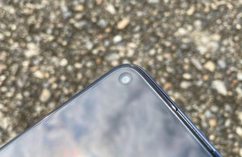 P40lite5Gのインカメラ部分の画像